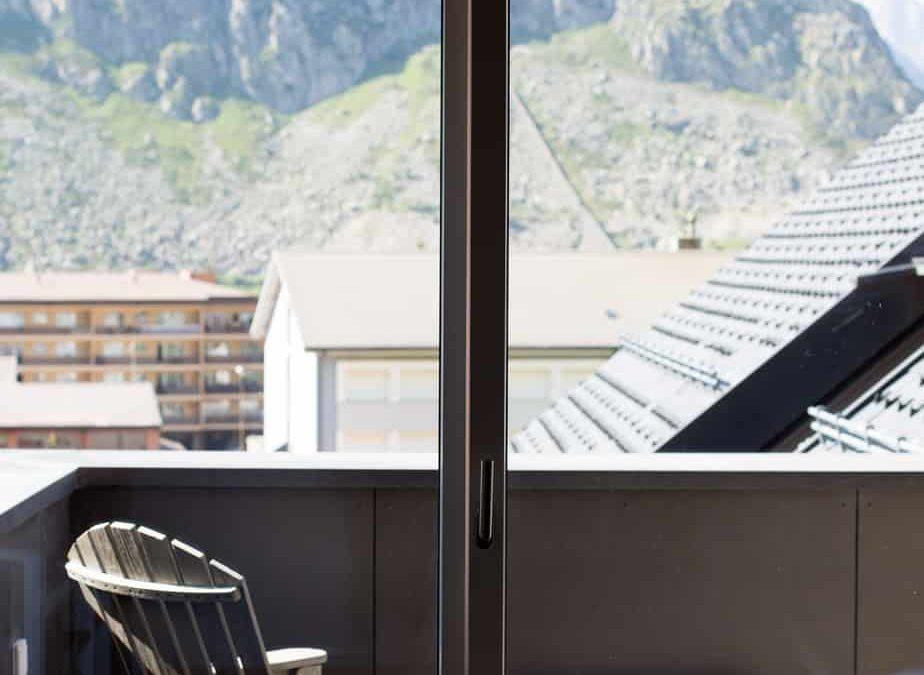 Chalet – The Balcony