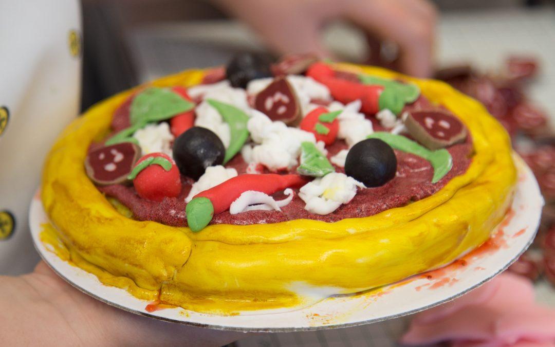 Fun – Italian Kitchen Make a Pizza Cake