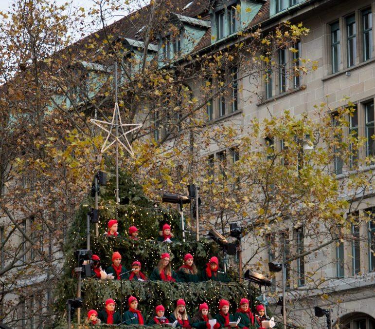 Fun – The Zurich Singing Christmas Tree